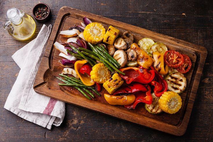 Tem dúvidas de como fazer o churrasco perfeito? Confira as dicas práticas da Revista Westwing e inspire-se para fazer um evento delicioso na sua casa!