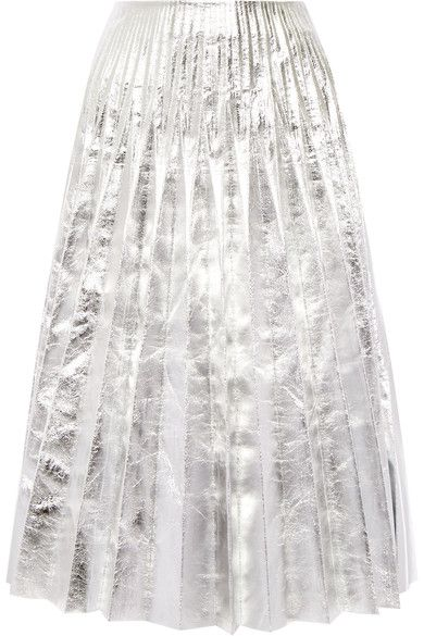 Gucci's silver midi skirt will give any look statement appeal. Meticulously crafted in Italy from high-shine leather, this silk-lined style has an A-line silhouette and is finished with defined pleats that move elegantly as you walk. Wear it with a sweater and platform pumps.
