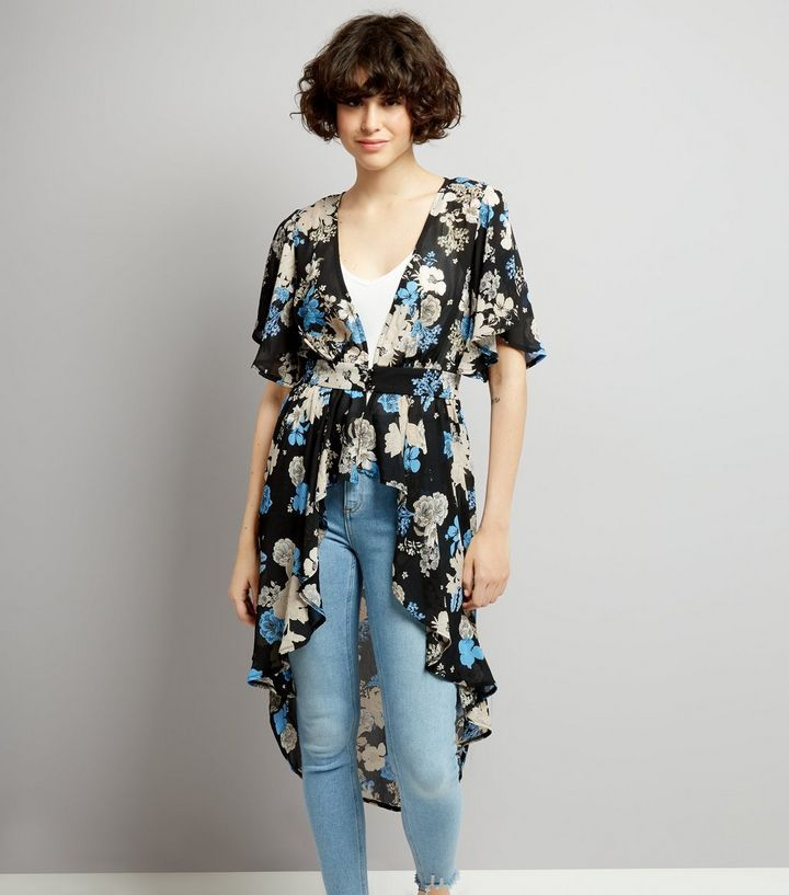 L2017 http://www.newlook.com/row/womens/clothing/tops/black-floral-print-button-front-kimono/p/539675609?comp=Browse