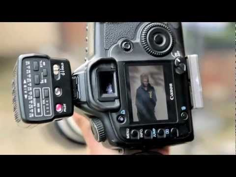 Speedlight Mastery - Photography Training by Damien Lovegrove use a dingle
