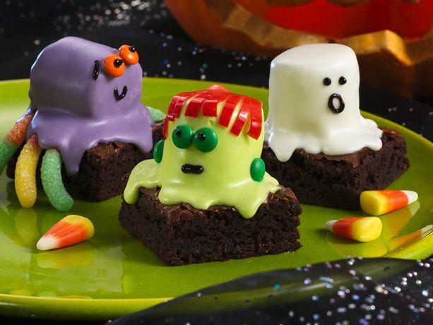 Halloween cutie brownies!Holiday, Halloween Parties, Spooky Brownies, Food, Brownies Recipe, Halloween Brownies, Halloween Treats, Marshmallows, Halloween Ideas