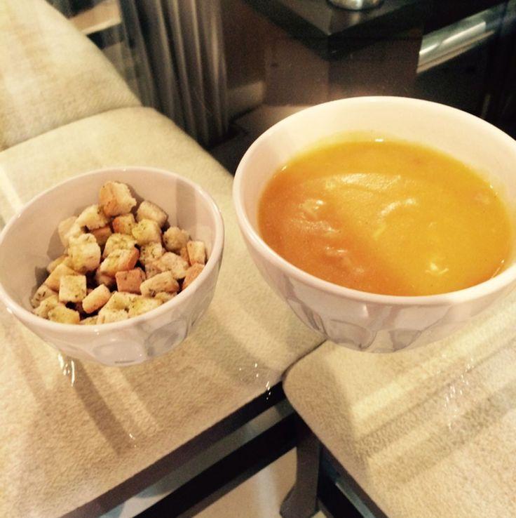 Aprenda a preparar a receita de Sopa de legumes com frango