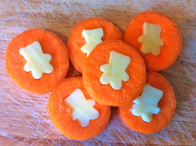 Una receta divertida con zanahorias Una receta fácil y divertida para que los niños coman zanahorias. Os enseñamos a hacer monedas de zanahorias y queso, una receta infantil sana y rápida.