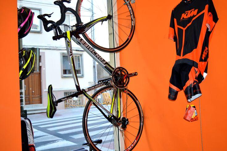 De Bicicletas Farto nació el Club Ciclista Farto.