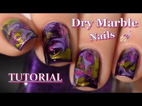 Hello! Un Nail Art Dry (ou drag) Marble avec 4 vernis holo ou magnétiques. Une technique rapide et simple à réaliser! * N'hésitez pas à liker et partager!  ...