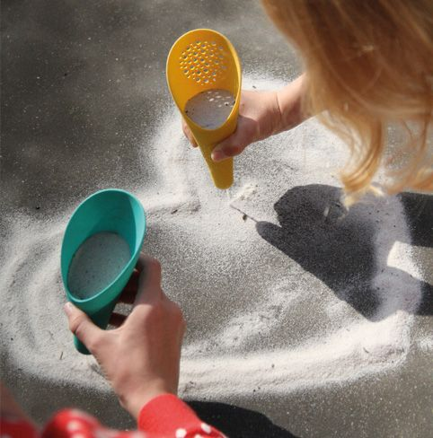 Quut beach toys. Cuppi. Three pieces... unlimited possibilities. www.quutbeachtoys.com