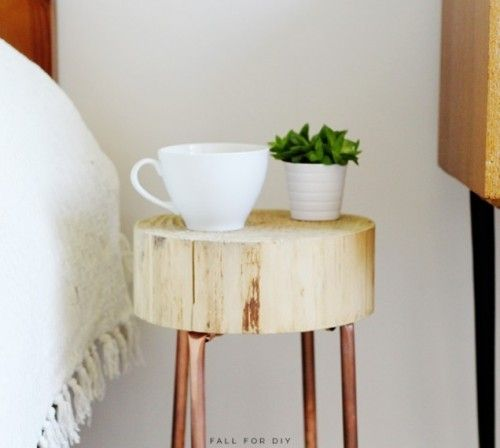 DIY Copper Pipe And Wood Slice Side Table - Shelterness