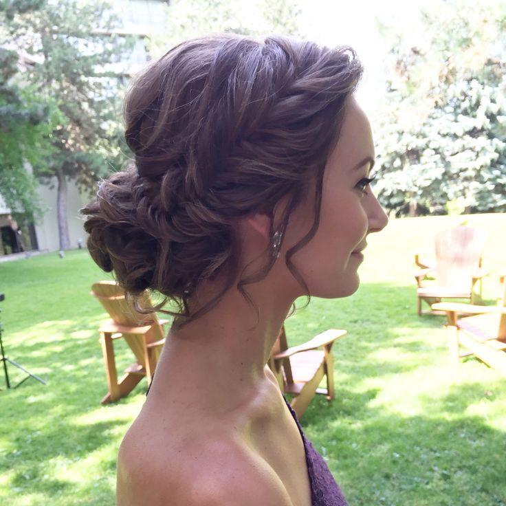 Hair style by Ladylyn Gool www.ladylyngool.com #toronto#torontohair#torontohairsalon#torontohairstylist#torontovendor#torontovedors#mississauga#mississaugahairmississaugahairsalonmississaugahairstylist#etobicokehairstylist#wedluxe#weddingstyle#weddinghairstyle#weddinghair#torontowedding#weddinginspiration#editorial#hudabeauty#instagramhair#hairbyladylyn#ladylynteam#fashion#bride#updo#hairstyles#easyhair#behindthechair#weddingplanning