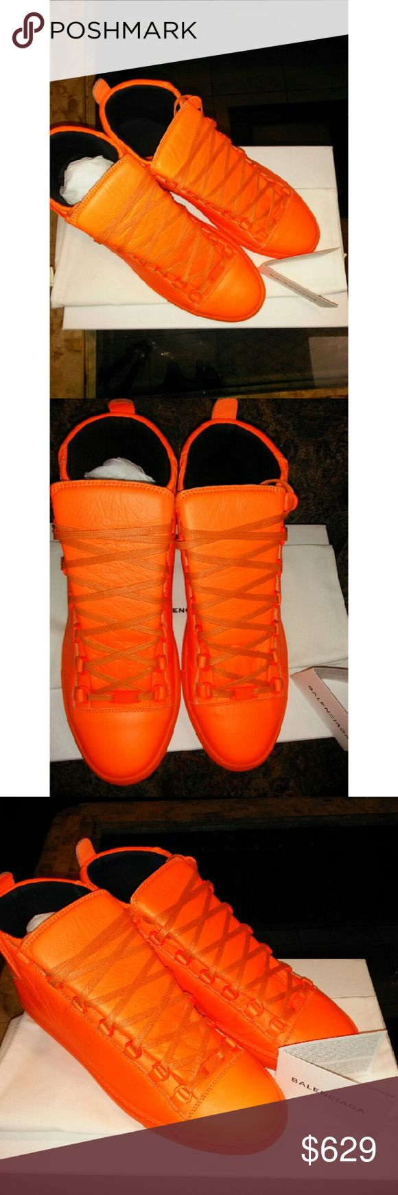Men Neon Orange Balenciaga High Top Sneakers 43EU Men Balenciaga High Top Arena Sneakers  Several sizes available.   100% Authentic Brand New with Dust Bag and Box   #balenciaga #balenciagasneakers #balenciagaracerunner #balenciaganewseason #balenciagaauthentic #balenciagahightop #balenciagamensneakers #balenciagawhitesneakers Balenciaga Shoes Sneakers