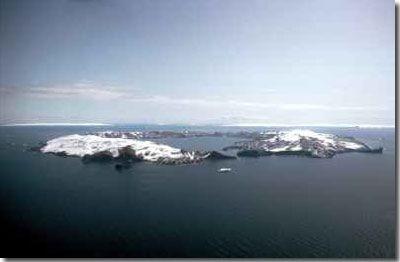 Deception Island- swim in a volcano crater