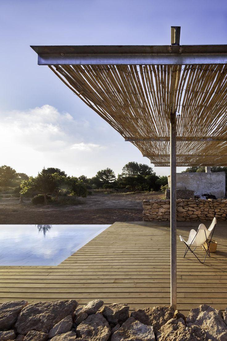 Arquitectura y Paisaje: Piscina en Formentera por Marià Castelló Martínez,© Estudi Es Pujol de s'Era