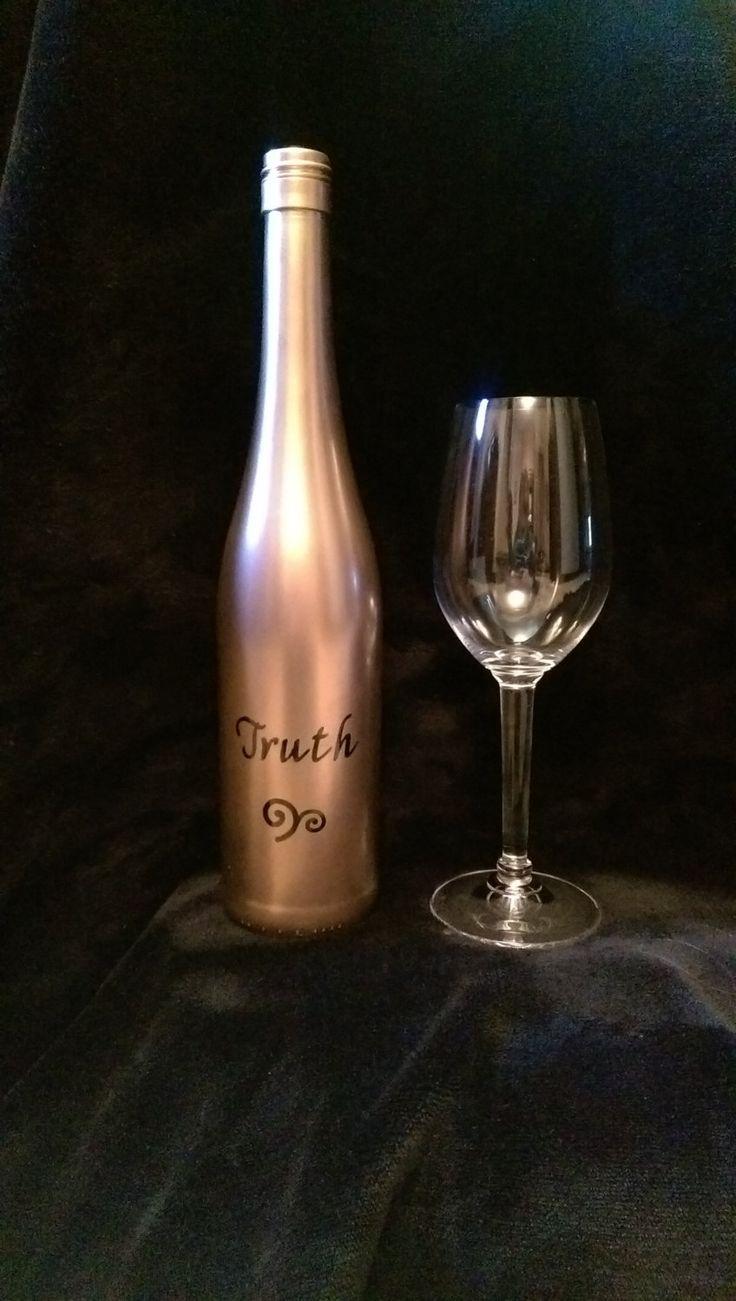Painted Wine Bottle / Decorative Barware / Decanter / Bar Decor / Wine And  Alcohol Bottles