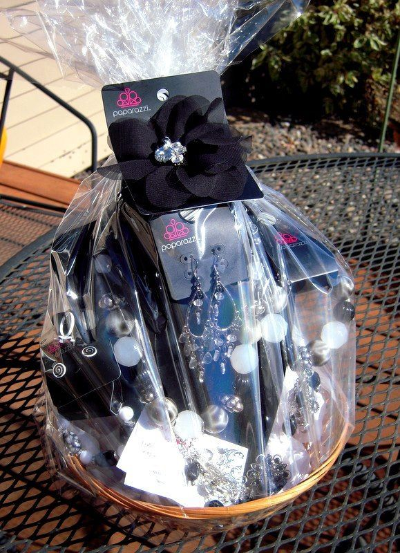 paparazzi gift basket are so easy to do