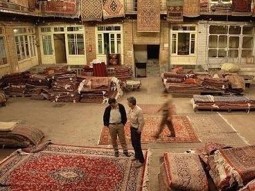How to care for your Kilim Carpet Rug shop in Tehran's Grand Bazaar © Kamyar Adl / Flickr