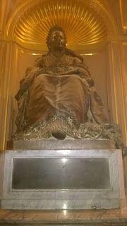 un cuore a 4 ruote: La potenza del Cannone e i simboli di Genova