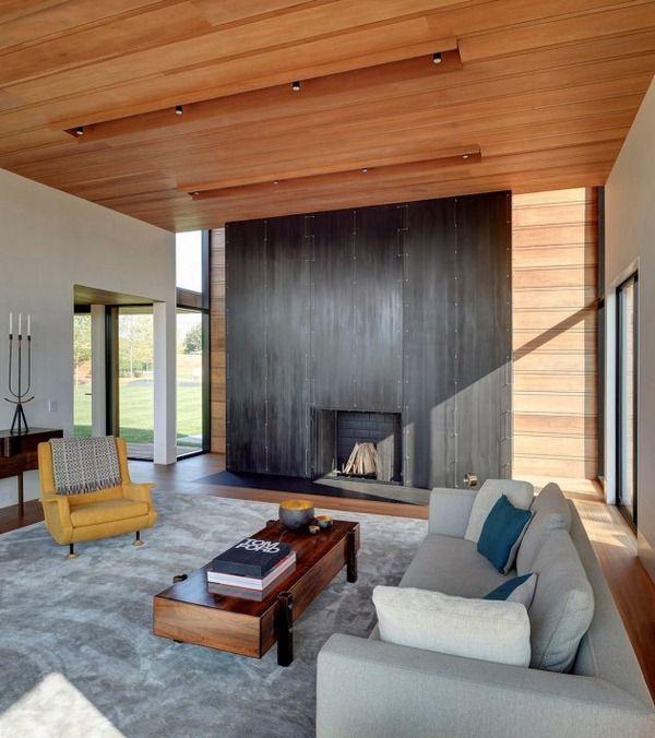 Wohnzimmer Einrichtung Grau Holz Kaminofen Verkleidung Wandplatten