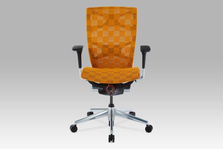 KA-2020 ORA Kancelářská židle, látka oranžová, synchronní mechanismus, výškově nastavitelné područky, posuvný sedák, leštěný hliníkový kříž.