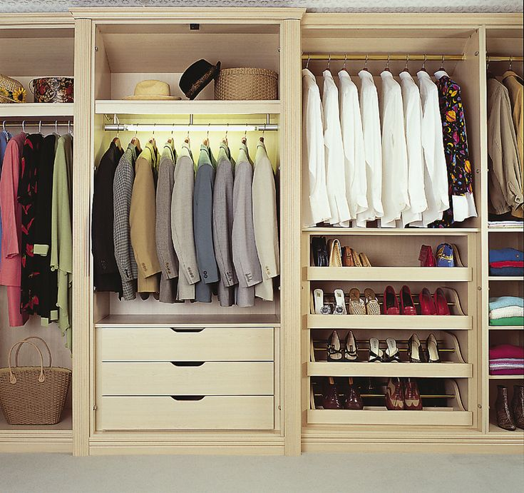 fitted wardrobe for transforming box room