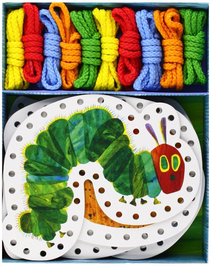 Amazon.fr - The Very Hungry Caterpillar Lacing Cards - Eric Carle - Livres