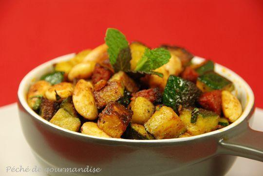 Poêlée de courgettes, amandes, chorizo, curry et menthe fraîche d'après Frédéric Anton