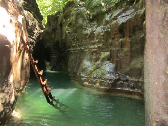 Damajaqua Cascades (canyoning adventure through 27 waterfalls) - Puerto Plata, Dominican Republic