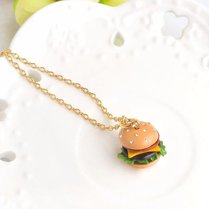 Burger and Pizza Sparkle Set - These Junky Set are Cute and Perfect for all Junk food Lovers out there! Pizza and Burgers are the way to many Peoples Hearts, wouldn't you say?