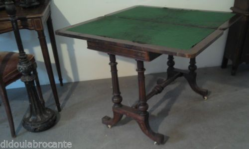 ancienne table de jeu sur roulettes xixeme carte poker bar bureau bistrot casino antique. Black Bedroom Furniture Sets. Home Design Ideas