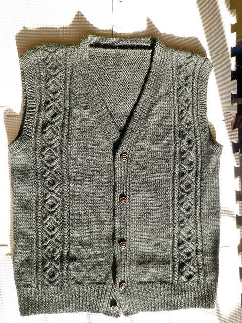 Knitting Pattern Mens Vest Free : 1000+ images about knit free - men on Pinterest Cable, Sweater patterns and...