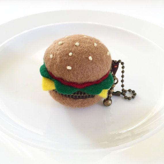Felt Hamburger-shaped macaron coin purse felt by MissisTippyShop