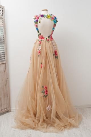 A-line Scoop Sleeveless Open Back Appliques Tulle Prom Dress with Hand-Made Flowers,N400