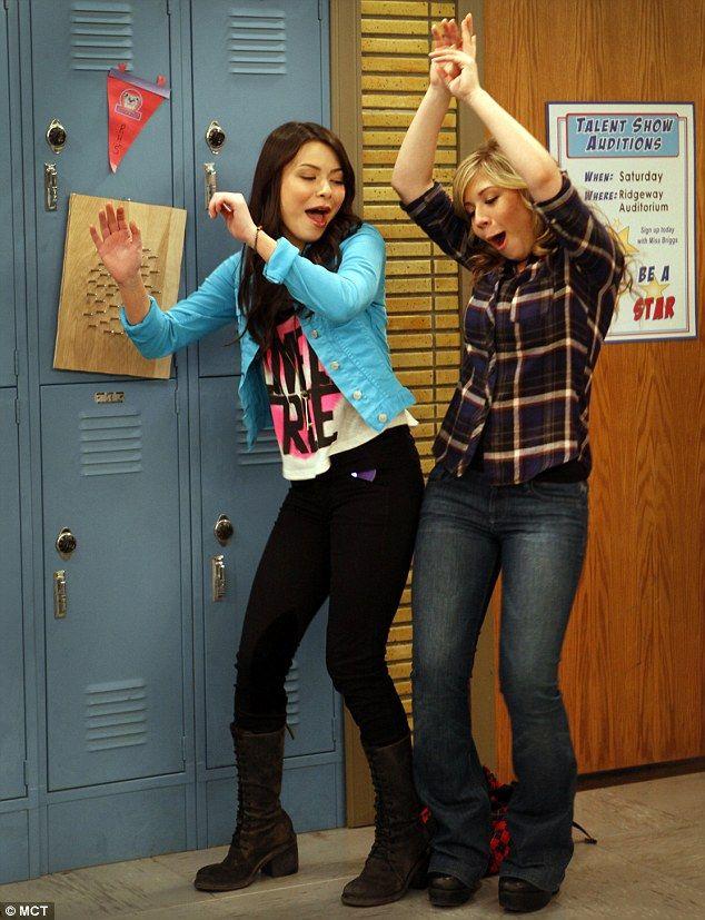 Carly & Sam.