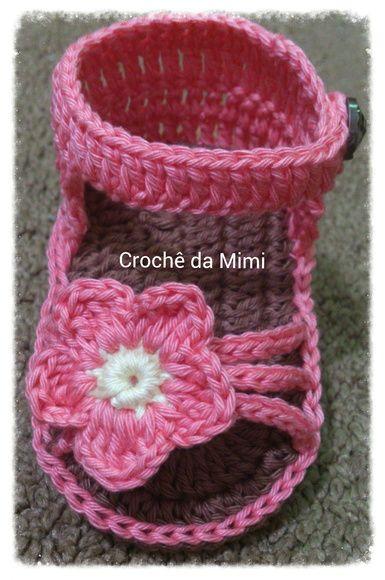 Sandalinha para bebê feita em Crochê Modelo Mary  Confeccionada com fio 100% algodão R$ 25,00