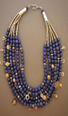 Lapislazuli necklace.