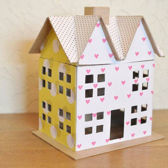 Documented essay on a dolls house