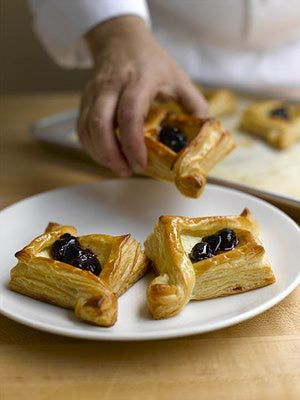 Blitz Puff Pastry Recipe: Cherry-Cheese Baskets Made with Blitz Puff Pastry