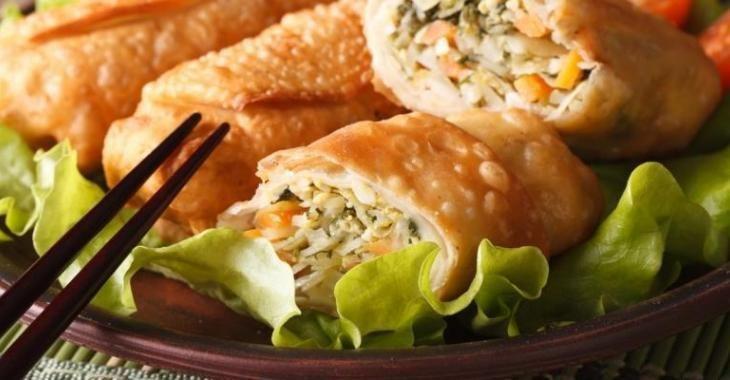 Egg roll au poulet et aux légumes...sauce aigre-douce maison