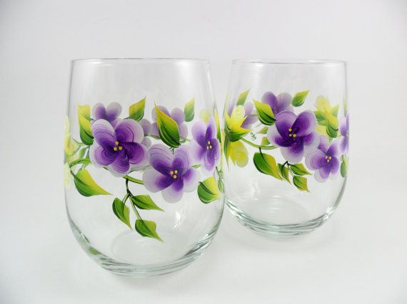 922 best images about painted wine glasses on pinterest for Painted stemless wine glasses