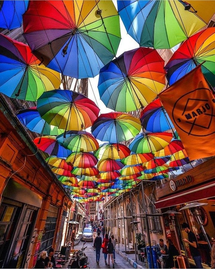 Istanbul - Turkey. . Credits to @cbezerraphotos . #istambul #istambull #istambulcity #istambulin #istambulcymbals #istambuldayasam #istambullove #istambulgram #istambultrip #istambulpage #istambul_bazar #istambuł #istambul #turkey #turkeystagram