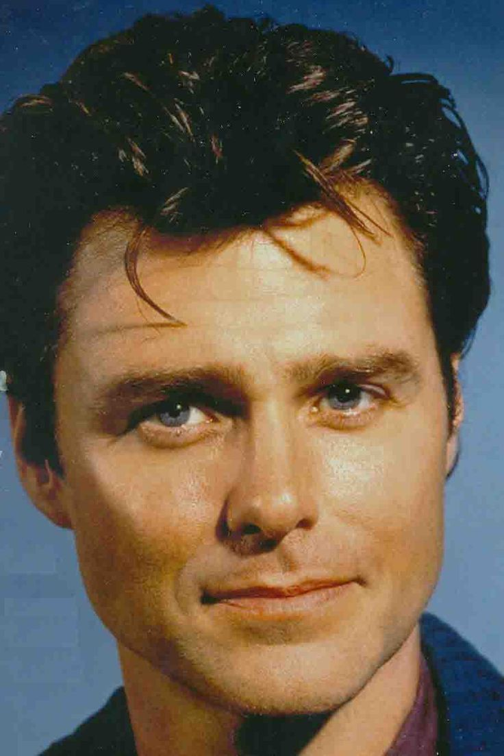 """Greg Evigan of """"B.J. and the Bear"""" and """"My Two Dads""""...hot"""