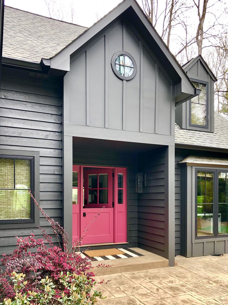 the dark charcoal paint color we chose for this lake front on lake home colors id=94409
