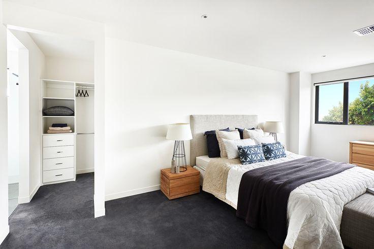 Livingston 30 master suite