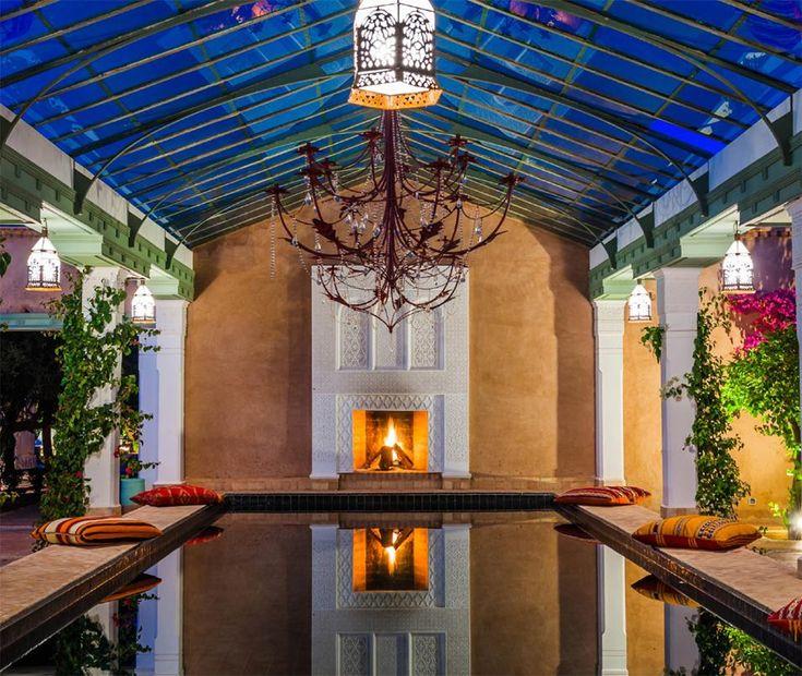 Vacanze da sogno. BELDI COUNTRY CLUB – MARRAKESH, MAROCCO Lontano dal caos della Medina di Marrakesh, Jean Dominique Leymarie ha creato un'angolo di paradiso: un hotel di 28 stanze realizzato in stile berbero con ristoranti, piscine e una boutique di artigianato locale, circondato da giardini rigogliosi di ulivi, rose, ibisco, palme, cactus e alberi di limone. Una vera e propria oasi nel deserto.