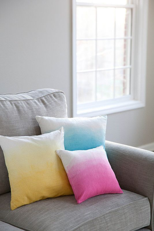DIY Ombre Pillows | Annie's Eats