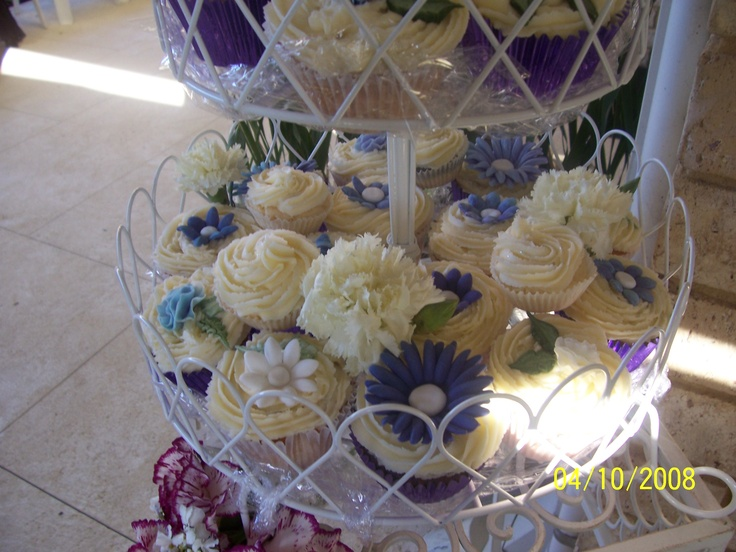 cupcakes from Emma and Shane's wedding