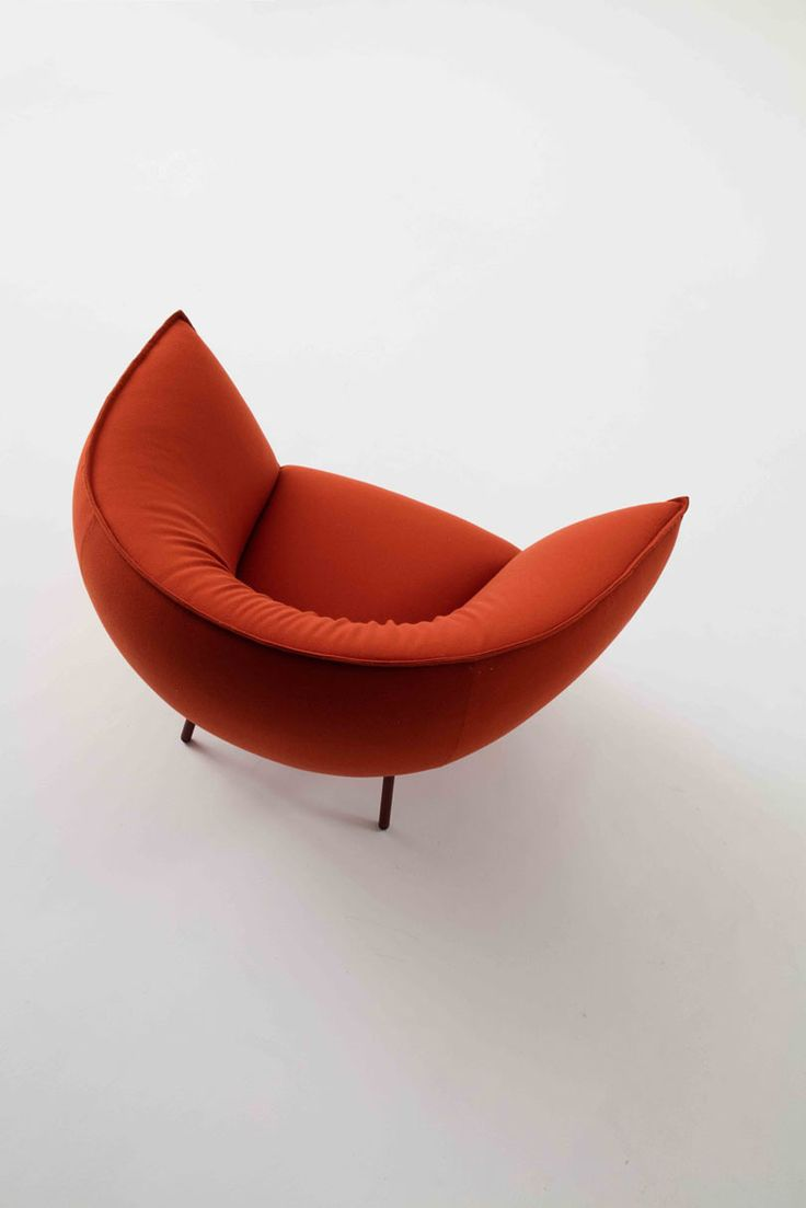 Lounge chairs for bad backs - Kick Back And Let This Sofa And Lounge Chair Embrace You