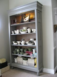 DIY - bookcase made from old door Here's the perfect use for the doors taking up space in my workshop!!
