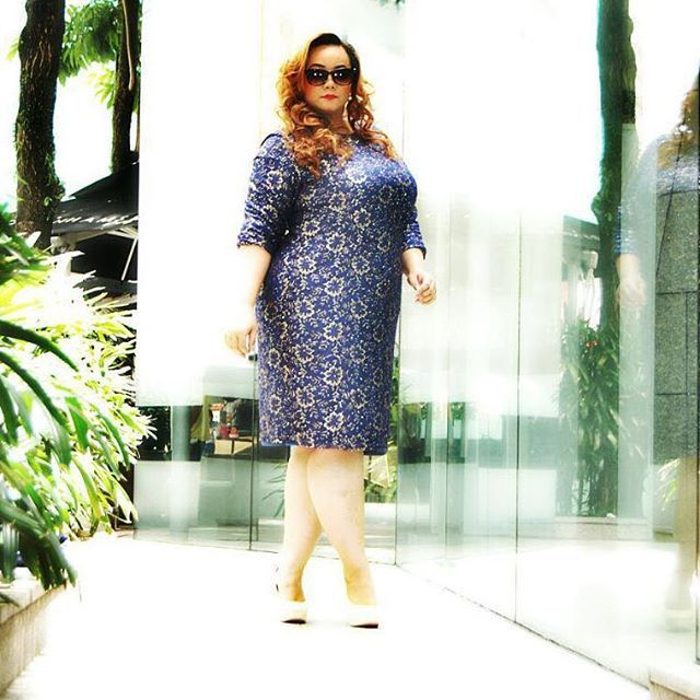 So curvy, so lovely..thx Vivian for the awesome pic