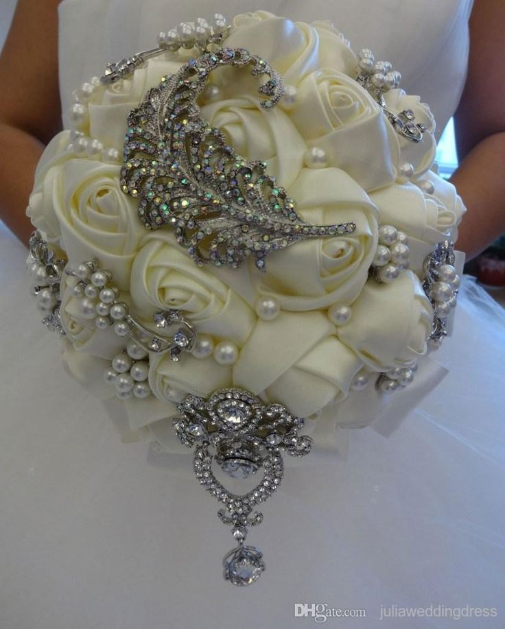 Wholesale 2015 Luxury Artifical Biege Wedding Bridal Bouquets with Pearls Beading and Diamonds Distinctive Bride Holding Flowers Free Shipping, Free shipping, $49.74/Piece | DHgate Mobile