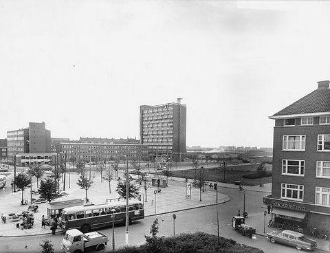 De Gruyter Amsterdam Surinameplein (rechts)