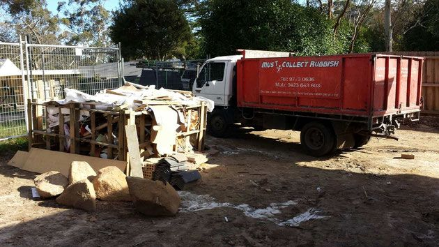 You are find commercial rubbish removal in Melbourne? Must Collect Rubbish specializes in rubbish disposal including mattress removal, metal recycling, hard rubbish collection. We are provide affordable rubbish removal service for Melbourne. We recycle as many materials as possible to keep unnecessary items out of landfills and minimize our environmental footprint.